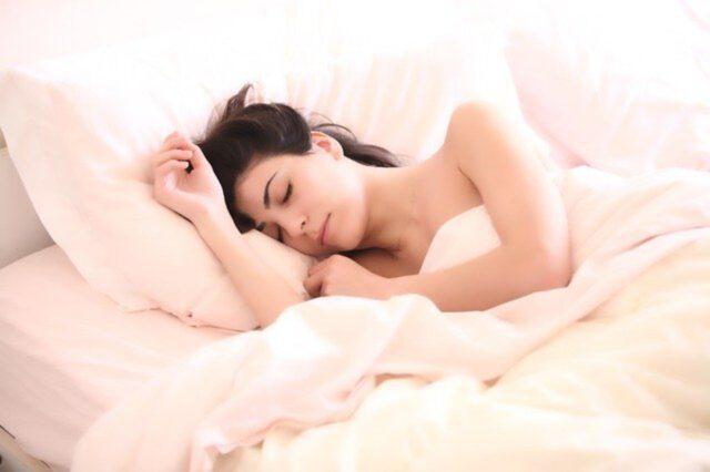 Jak zapobiegać poczuciu nadmiernej senności w ciągu dnia?
