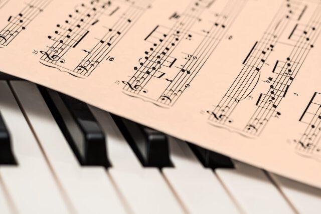 Czy muzyka wpływa na nasze samopoczucie i nastrój?